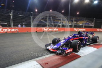 World © Octane Photographic Ltd. Formula 1 – Singapore GP - Practice 2. Scuderia Toro Rosso STR13 – Pierre Gasly. Marina Bay Street Circuit, Singapore. Friday 14th September 2018.