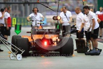 World © Octane Photographic Ltd. Formula 1 – Singapore GP - Practice 3. McLaren MCL33 – Stoffel Vandoorne. Marina Bay Street Circuit, Singapore. Saturday 15th September 2018.