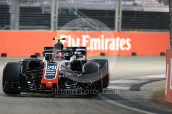 World © Octane Photographic Ltd. Formula 1 – Singapore GP - Qualifying. Haas F1 Team VF-18 – Kevin Magnussen. Marina Bay Street Circuit, Singapore. Saturday 15th September 2018.