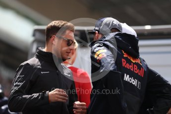 World © Octane Photographic Ltd. Formula 1 – Spanish GP - Drivers' Parade. McLaren MCL33 – Stoffel Vandoorne and Aston Martin Red Bull Racing TAG Heuer RB14 – Max Verstappen. Circuit de Barcelona-Catalunya, Spain. Sunday 13th May 2018.