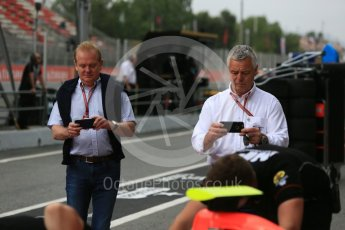 World © Octane Photographic Ltd. GP3 – Spanish GP – Race 1. MP Motorsport - Will Palmer with Jonathan Palmer and Derek Warwick. Circuit de Barcelona-Catalunya, Spain. Saturday 12th May 2018.