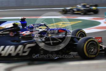 World © Octane Photographic Ltd. Formula 1 – Abu Dhabi GP - Practice 2. Haas F1 Team VF19 – Kevin Magnussen, Scuderia Toro Rosso STR14 – Daniil Kvyat and Renault Sport F1 Team RS19 – Daniel Ricciardo. Yas Marina Circuit, Abu Dhabi, UAE. Friday 29th November 2019.