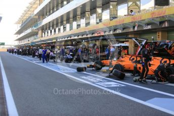 World © Octane Photographic Ltd. FIA Formula 2 (F2) – Abu Dhabi GP - Practice. The teams prepare in the pitlane. Yas Marina Circuit, Abu Dhabi, UAE. Friday 29th November 2019.