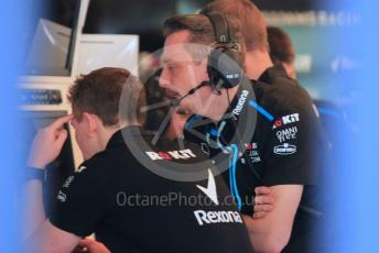 World © Octane Photographic Ltd. Formula 1 – Abu Dhabi Pirelli Tyre Test. ROKiT Williams Racing team watching the data. Yas Marina Circuit, Abu Dhabi, UAE. Tuesday 3rd December 2019.
