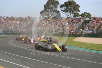 World © Octane Photographic Ltd. Formula 1 – Australian GP Race. Renault Sport F1 Team RS19 – Daniel Ricciardo. Melbourne, Australia. Sunday 17th March 2019.