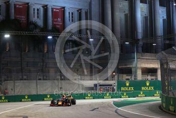 World © Octane Photographic Ltd. Formula 1 – Singapore GP - Practice 2. Aston Martin Red Bull Racing RB15 – Alexander Albon. Marina Bay Street Circuit, Singapore. Friday 20th September 2019.