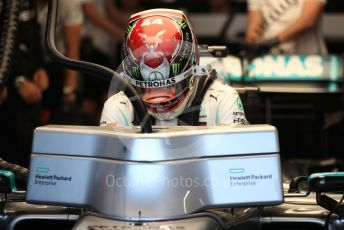 World © Octane Photographic Ltd. Formula 1 – Singapore GP - Practice 3. Mercedes AMG Petronas Motorsport AMG F1 W10 EQ Power+ - Lewis Hamilton. Marina Bay Street Circuit, Singapore. Saturday 21st September 2019.