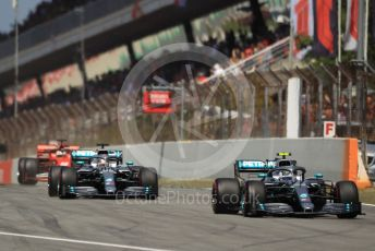 World © Octane Photographic Ltd. Formula 1 – Spanish GP. Race. Mercedes AMG Petronas Motorsport AMG F1 W10 EQ Power+ - Lewis Hamilton and Valtteri Bottas. Circuit de Barcelona Catalunya, Spain. Sunday 12th May 2019.