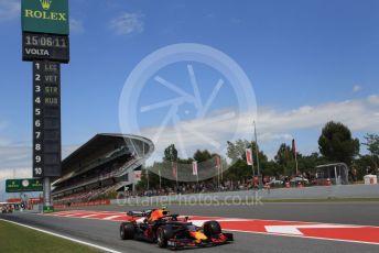 World © Octane Photographic Ltd. Formula 1 – Spanish GP. Qualifying. Aston Martin Red Bull Racing RB15 – Pierre Gasly. Circuit de Barcelona Catalunya, Spain. Saturday 11th May 2019.