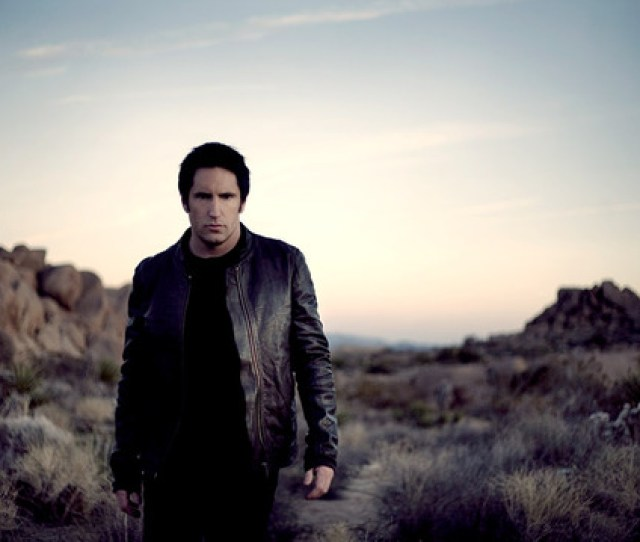 Fans From All Around The World Have Flocked To Los Angeles To Wave Goodbye To Nine Inch Nails Playing Updated With New Info Three Final Shows This Coming
