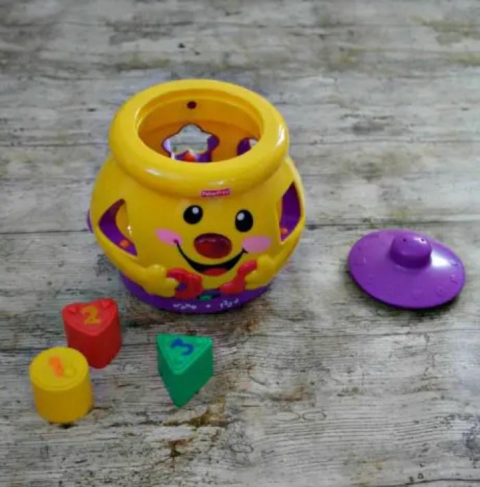 1st Birthday Gift Guide | Fisher-Price Cokkie Jar http://oddhogg.com