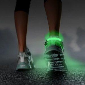 GoFit-LED-Turvavalo-Lenkkikenkiin-1