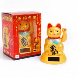 Onnen-Kissa-Maneki-Neko-1