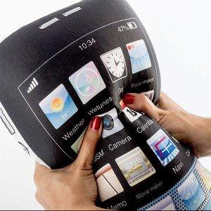iPhonen-Näköinen-Tyyny-1