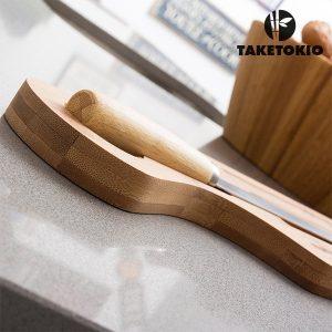 Bambu-Leivän-Leikkuulauta-ja-Veitsi-TakeTokio-1