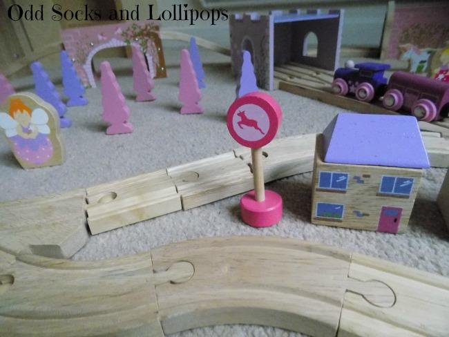 The BigJigs Fairy Town Train Set Review - 3
