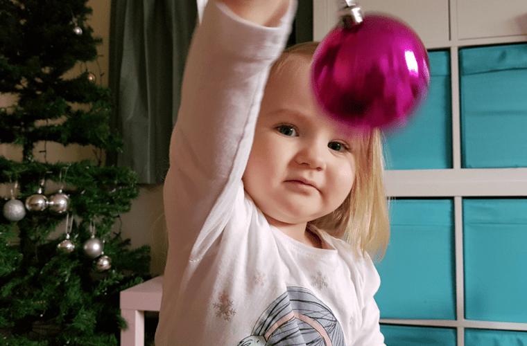Living Arrows 49 - Christmas Tree