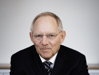 Dr Wolfang Schäuble Europa-Universität Viadrina
