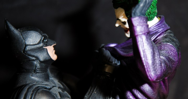 "DC: ""Batman-The three Joker"""