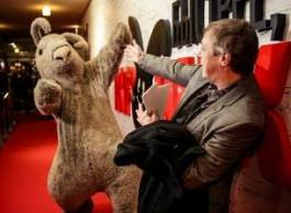 Михаил Ефремов на премьере новой комедии «Квартета И» — «Быстрее, Чем Кролики»