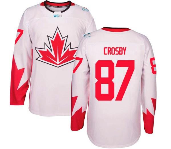 свитер сборной Канады