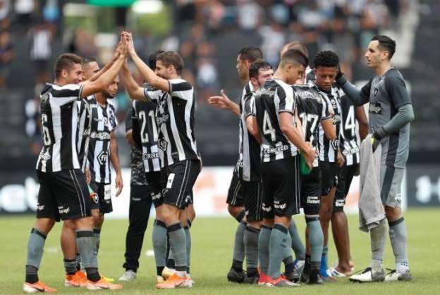 Insatisfação tem aumentado no elenco do Botafogo
