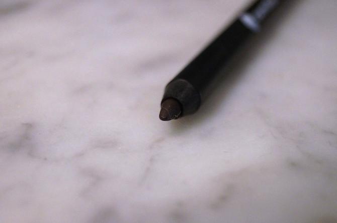 lápis-de-olho-quem-disse-berenice-odiadalila6865 (1)
