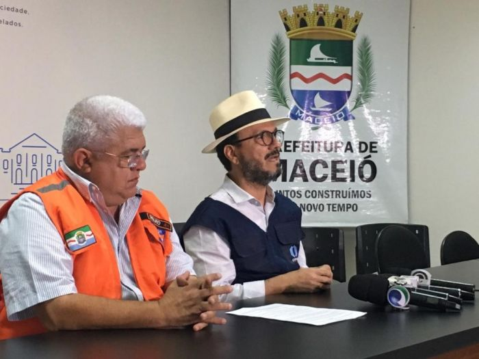 Dinário Lemos, secretário de Defesa Civil de Maceió, e Thales Sampaio, geólogo da CPRM