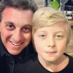 Filho de Angélica e Huck teve afundamento de crânio em acidente de lancha