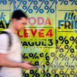 Oito em cada dez brasileiros devem fazer compras na Black Friday