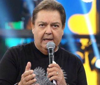 """Faustão chama funcionário de """"imbecil"""" durante programa ao vivo"""
