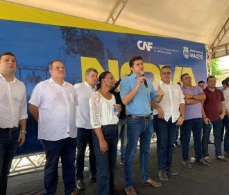 Nova Maceió: vereadores prestigiam mais uma assinatura de Ordem de Serviço