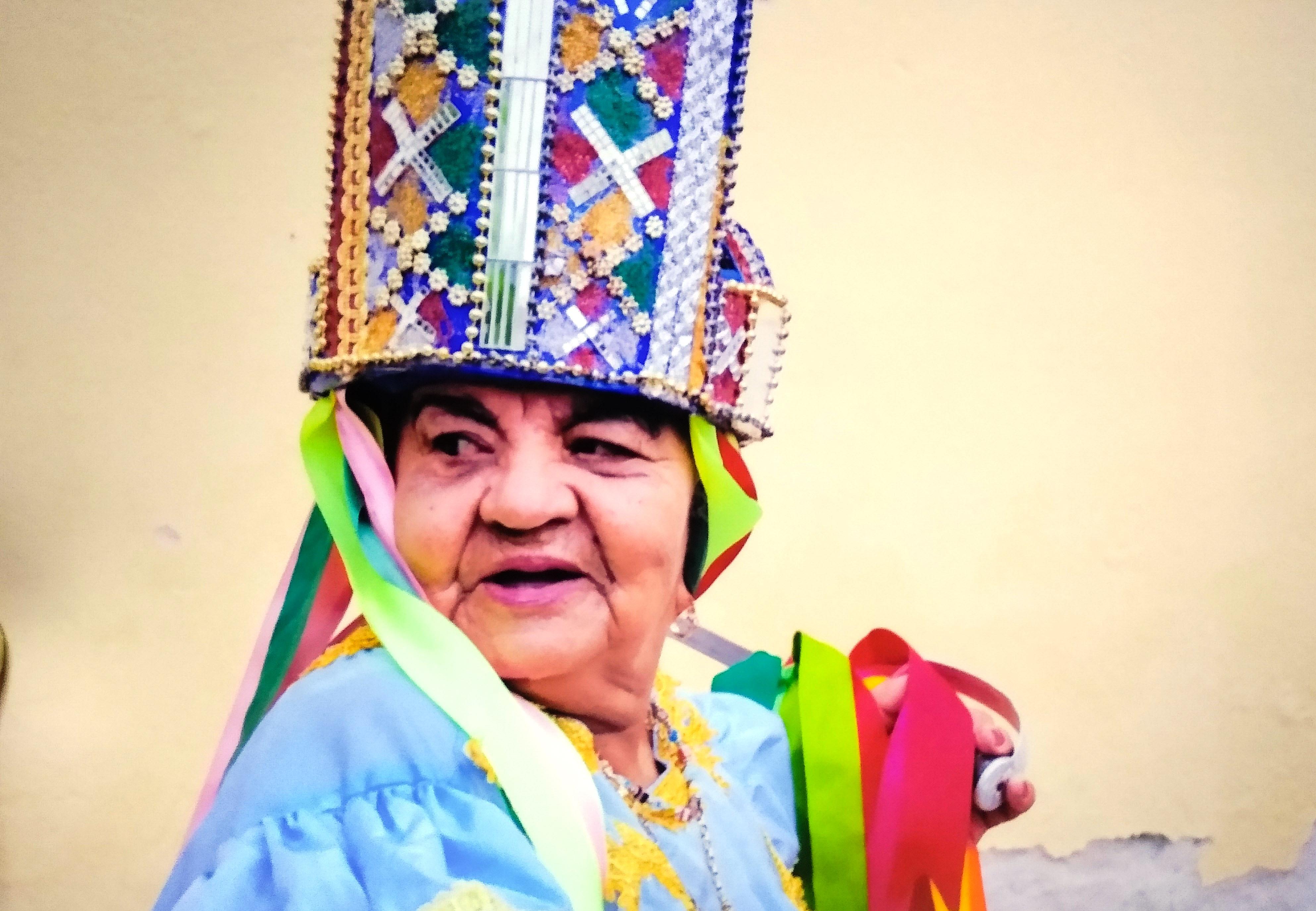 Zelina Sebastiana é a rainha mais antiga do Guerreiro alagoano - Foto: Arquivo pessoal