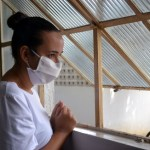 Pacientes tratados em casa devem redobrar cuidados, orienta infectologista