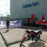 Ato relâmpago pelo fim do governo Bolsonaro é realizado em Maceió
