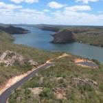 Essencial ao turismo, obra de acesso à prainha da Dulce está 80% concluída