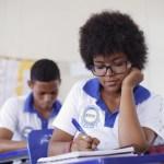 Escolas de ensino médio integral atingem desempenho acima da média nacional