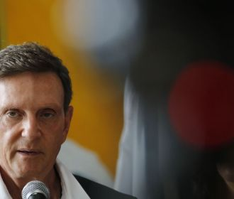 TRE torna Crivella inelegível até 2026 por abuso de poder político