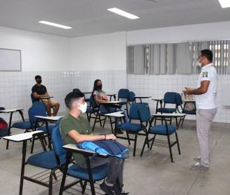 CESMAC retoma aulas presenciais em todos os cursos com rigoroso protocolo por conta da pandemia