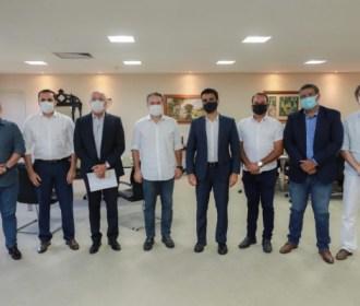 Governador e prefeito de Maceió se reúnem para definir novas medidas para o combate ao coronavírus
