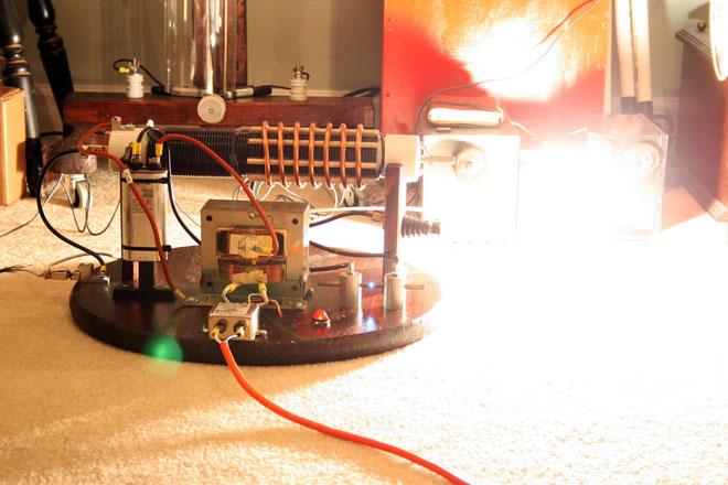 Қимыл генераторын өз қолыңызбен жасауға бола ма?