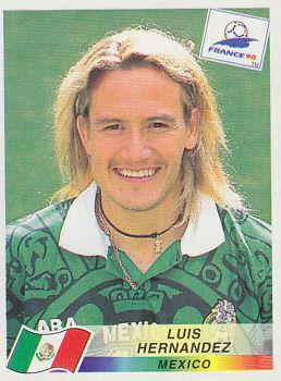 Hoy se juega un Países Bajos vs México y queremos recordar a Luis Hernández, y de paso, una de las camisetas más bonitas de la historia del fútbol la que luce el incansable delantero en el cromo del mundial de Francia 98.