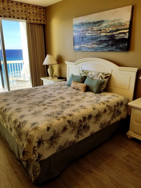 Ious Master Bedroom With Ocean View