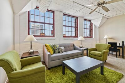 2 Bedroom Apartment In Downtown Cleveland S Warehouse District