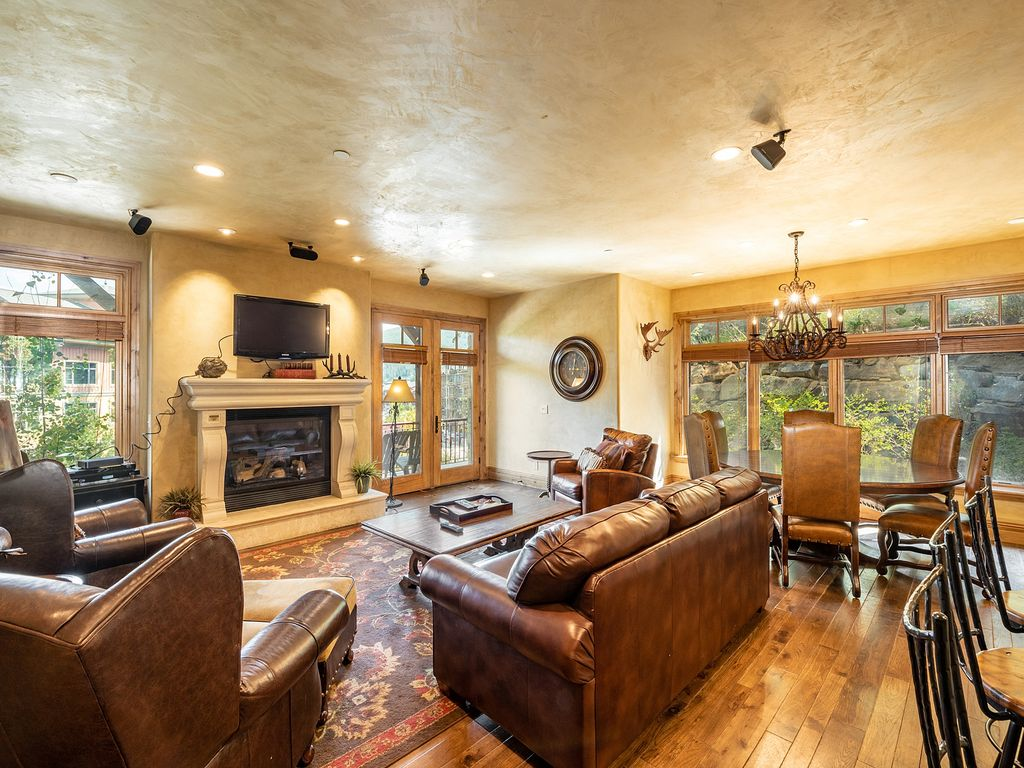 Luxe 2br Tuscan Inspired Condo Full Kitchen And Jetted Tub Canyons Resort