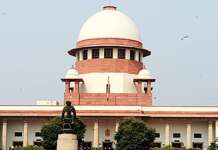 Supreme court of India SC allows women entry to sabarimala_temple