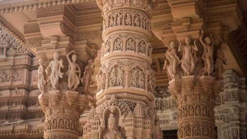 akshardham Pillars_carving