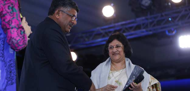 sbi chieftough qwestion to telicom minister