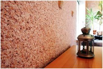 Стена покрытая жидкими обоями