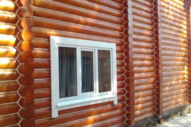 Дом из бревна, швы законопачены